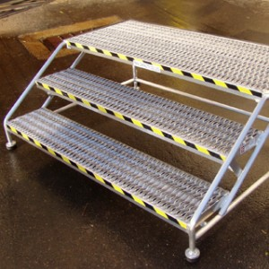 aluminum-step-stands